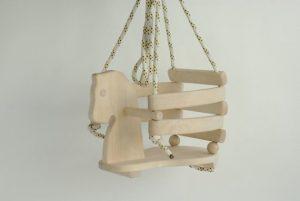 Balancoire en bois